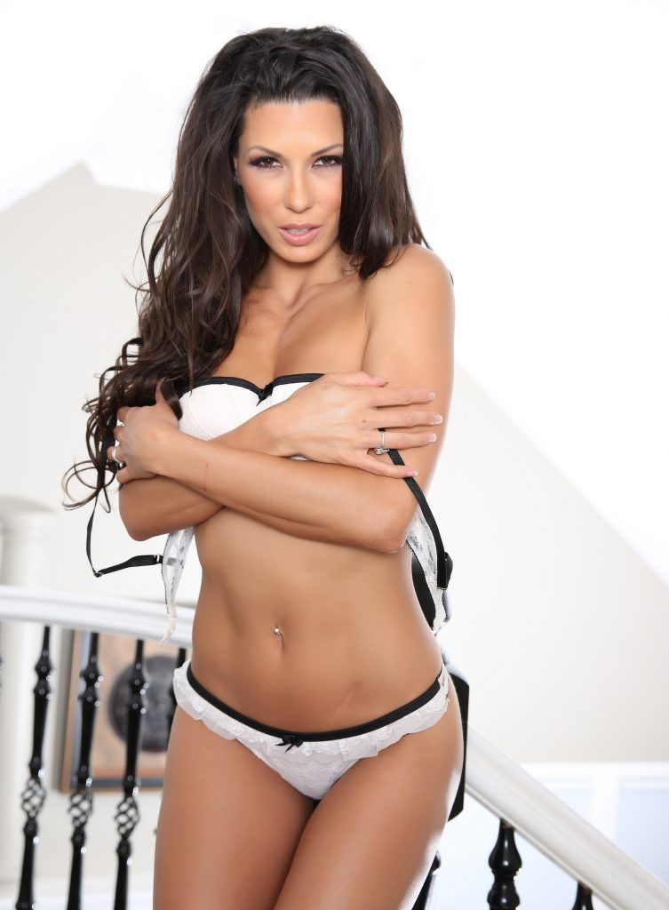 Naughty Milf - Cheap London Escorts